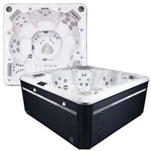 Self Cleaning 770 Hot Tub
