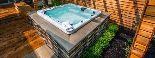 installing hot tub